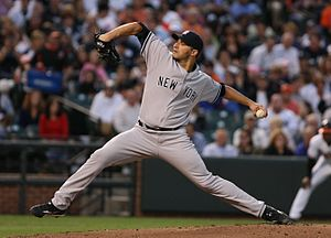 Andy_Pettitte_by_Keith_Allison_8_31_09_pic2_CROP