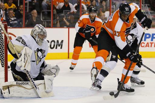 Penguins_Flyers_Hockey_122074_team
