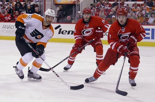 Flyers_Hurricanes_Hockey_121182_team