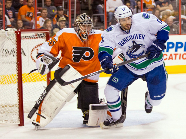 Canucks_flyers_hockey