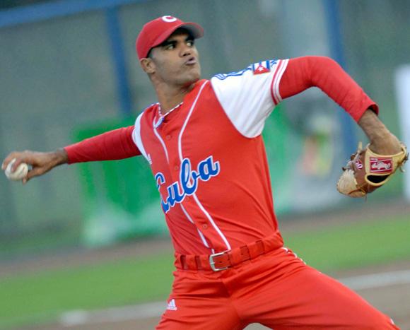 Phillies, Miguel Alfredo Gonzalez Complete Deal