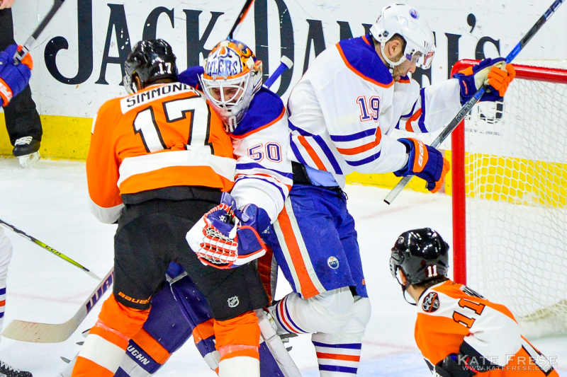 12-8-2016_FlyersvsOilers_1st_credKateFrese-18