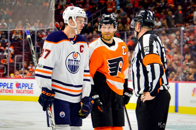 10-21-2017_FlyersvsOilers_1st_credKateFrese-4